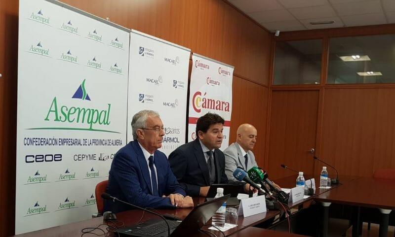 Los empresarios del mármol denuncian un bloqueo de expedientes en las explotaciones de Macael