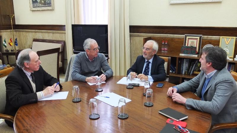 El presidente de Asempal pide al subdelegado del Gobierno en Almería mayor celeridad en las actuaciones del AVE Almería Murcia